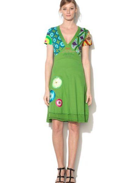 Rochie verde cu decolteu in V si garnituri multicolore Alhora