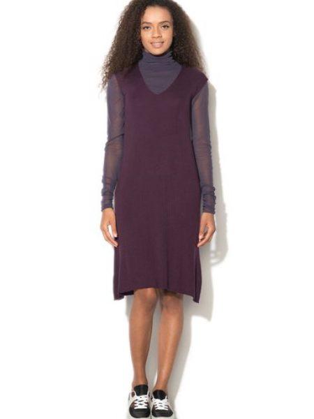 Rochie tricotata violet pruna cu striatii