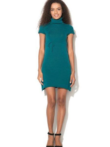 Rochie verde persan tricotata si cu talie Empire