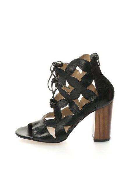 Sandale negre de piele cu siret Costes