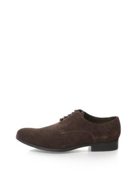 Pantofi maro de piele intoarsa Banfield