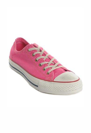 Tenisi roz