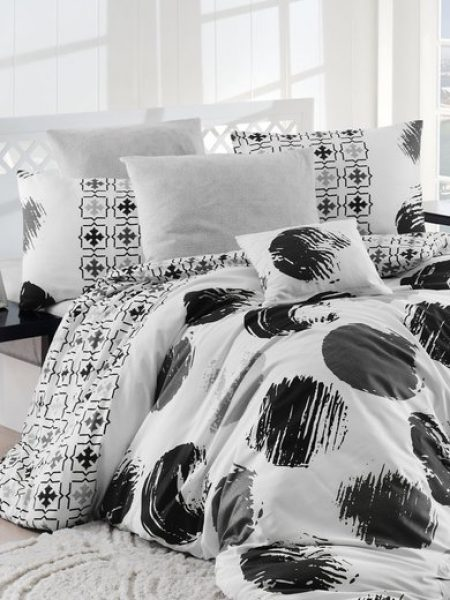 Set alb de pat cu imprimeu negru Gizha