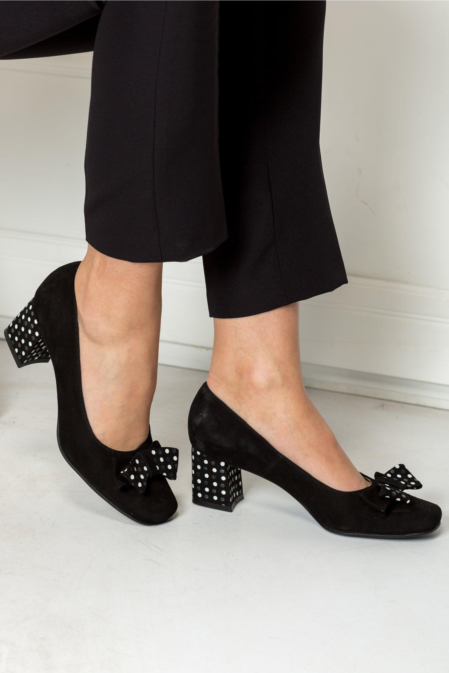 Pantofi Dots negri office cu funda si buline, colectia 2018