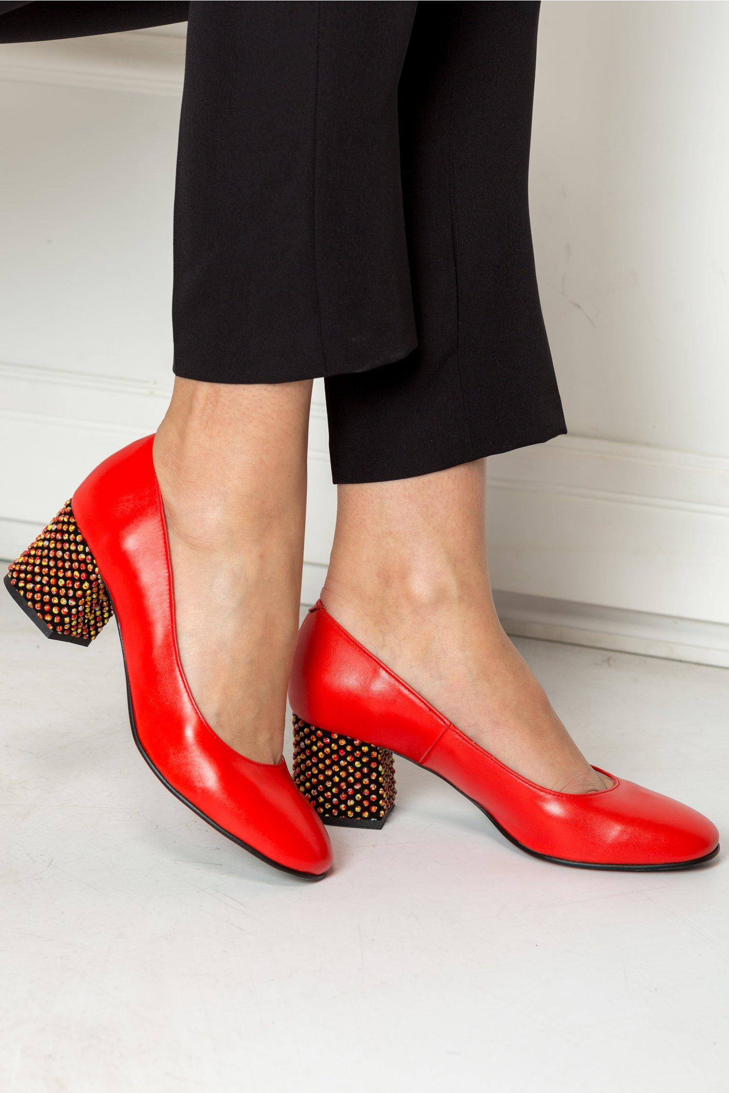 Pantofi Dyan rosii cu toc galben elegant, colectia 2018