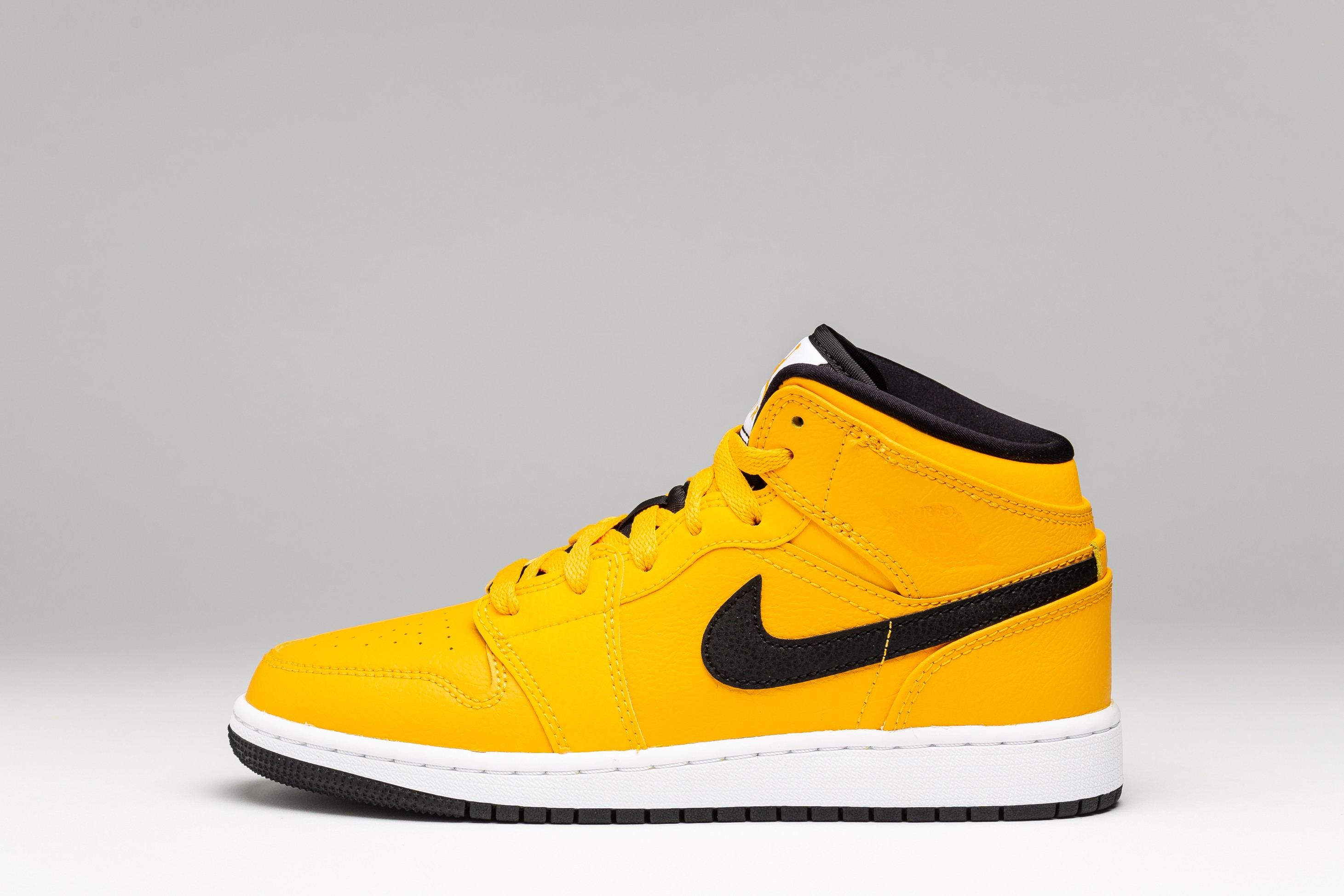 Sneakers Femei 1 Mid GS