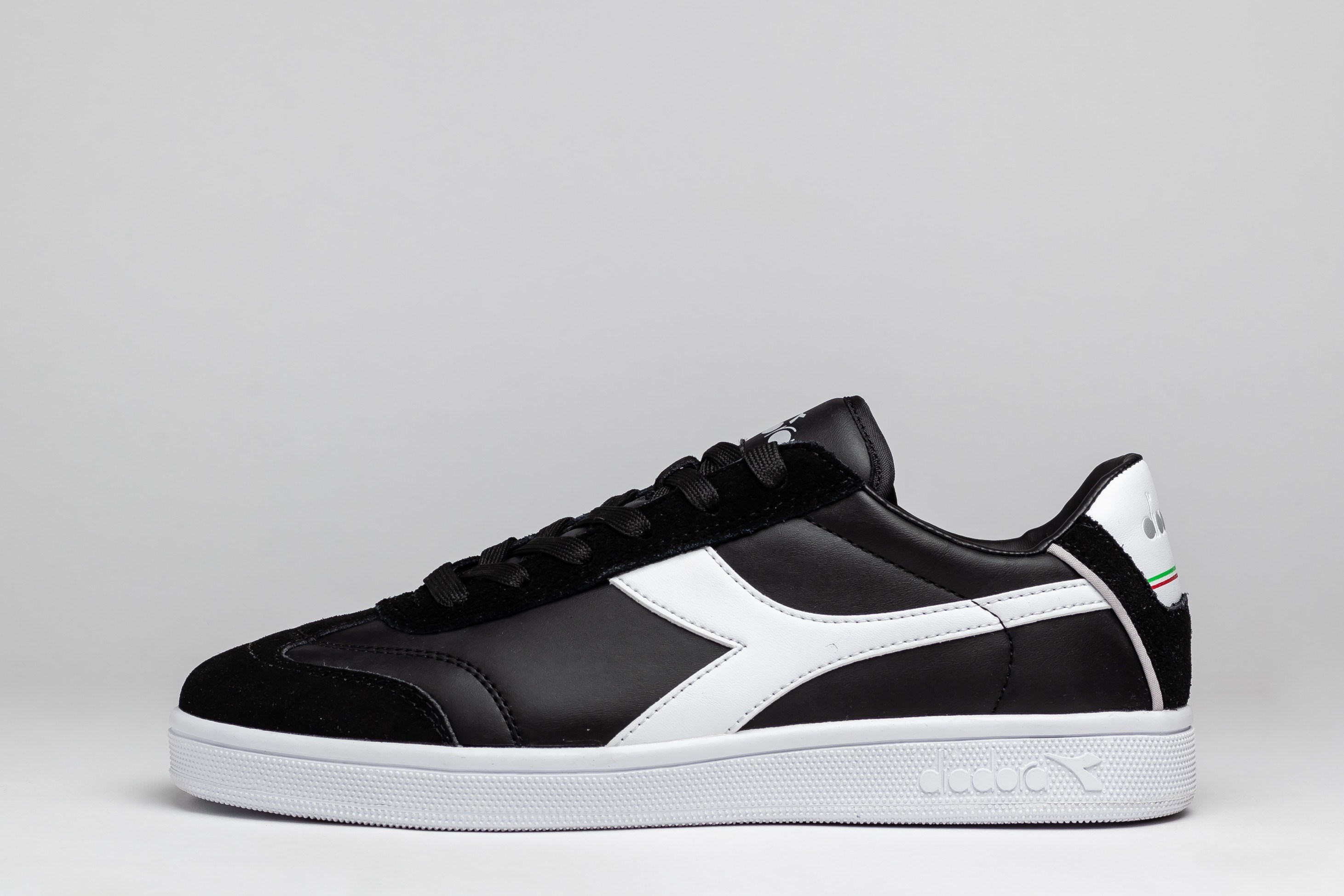 Sneakers Barbati N902 S