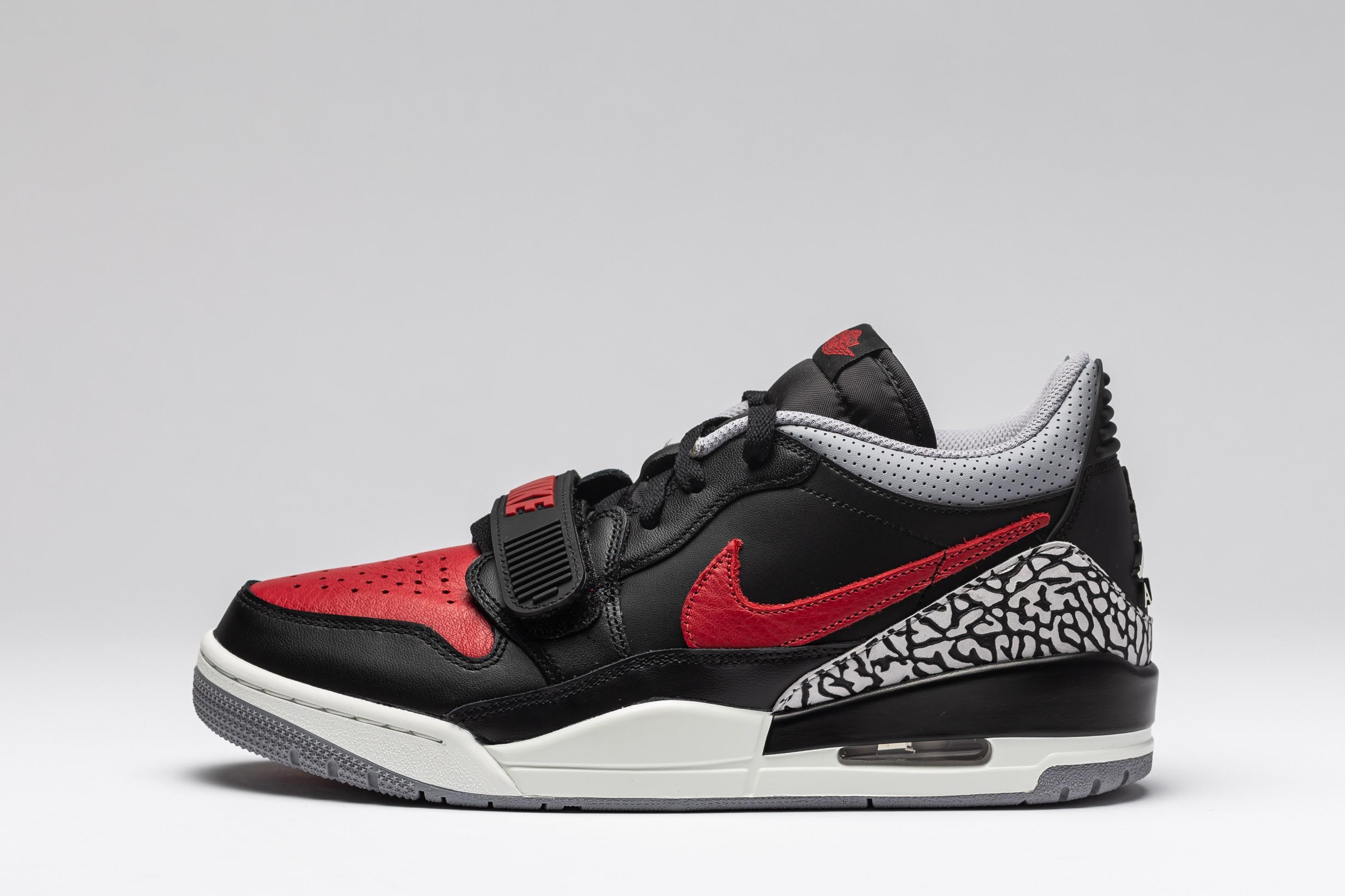 Sneakers Barbati Legacy 312 Low