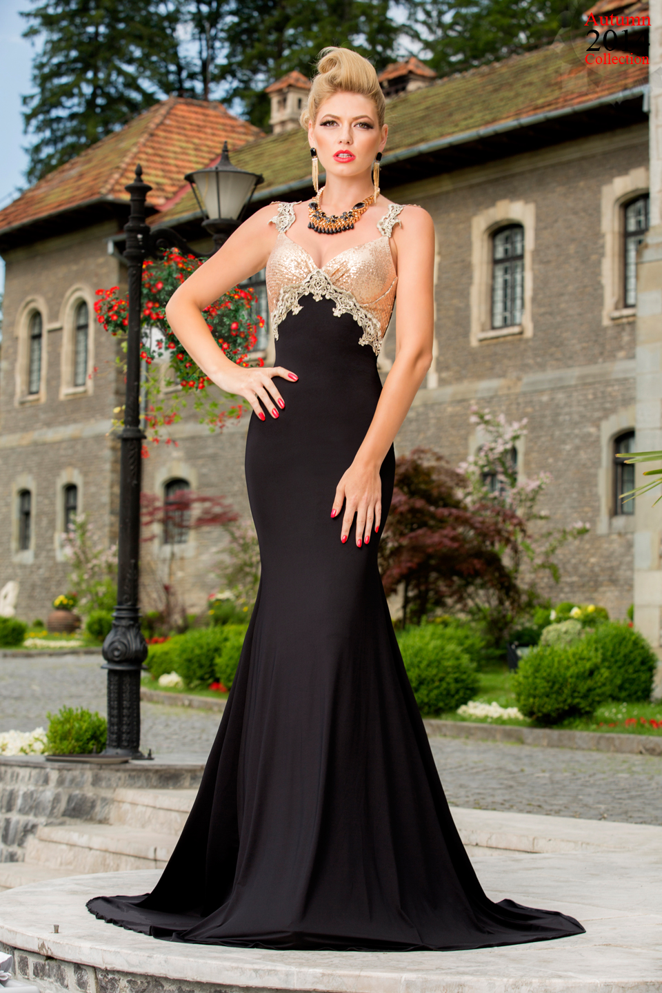 ROCHIE GLAMOUROUS